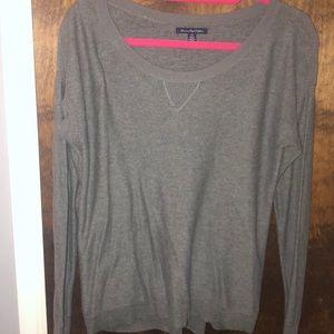 American Eagle light gray sweater